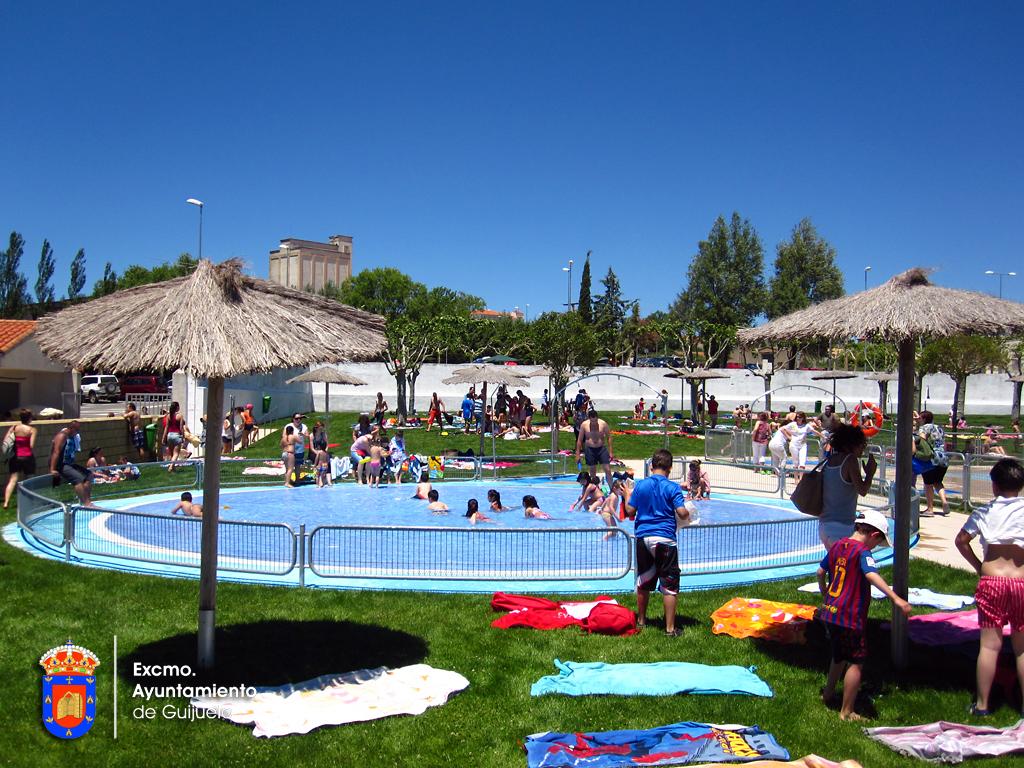 Piscinas municipales concejalia de deportes for Piscina infantil