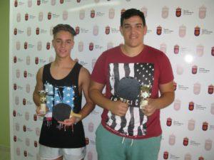 Tenis mesa juvenil campeón y subcampeón